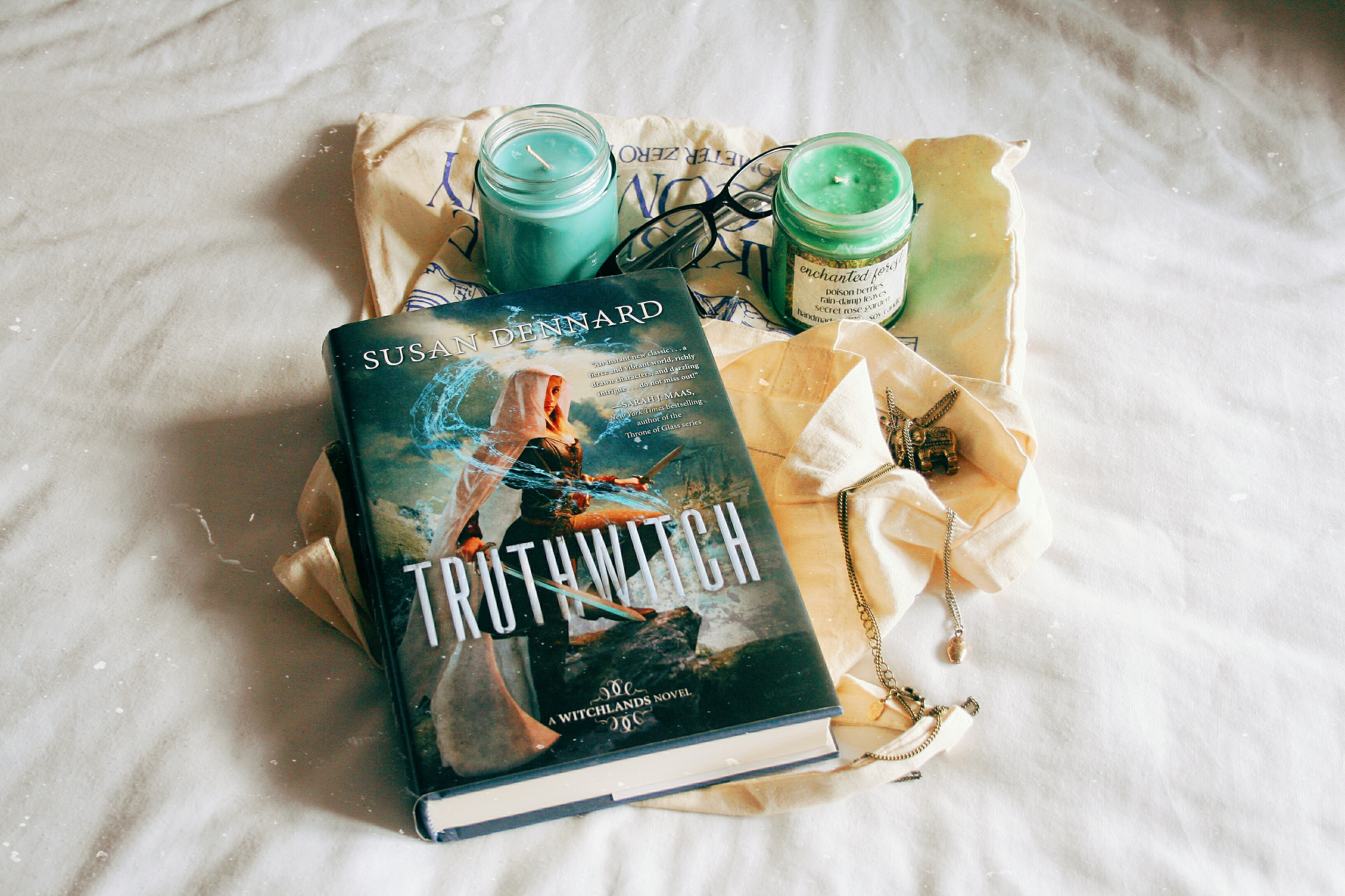 #ukrereadathon truthwitch by susan dennard