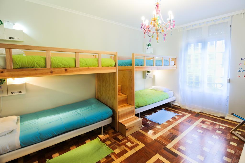 Lisbon Central Hostel 4 bed female dorm